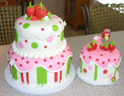 strawberry bday cake