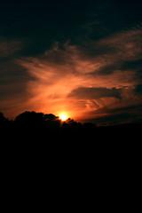 Chuaigh Grian Síos (noelnoblett ( http://www.noelnoblett.com/ )) Tags: blue ireland sunset red black silhouette yellow canon noel wexford gorey shilouette noblett 400d grian hollyfort chuaigh síos