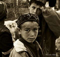 Badaxi Boy in Argu, Badaxan (From Afghanistan With Love) Tags: world poverty travel afghanistan digital canon children eos rebel kiss asia culture 2008 development zeerak saarc argu xti safrang badakhshan hamesha javaid badaxan