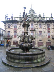 "Santiago Fountain by the Cathedral • <a style=""font-size:0.8em;"" href=""http://www.flickr.com/photos/48277923@N00/2625574797/"" target=""_blank"">View on Flickr</a>"