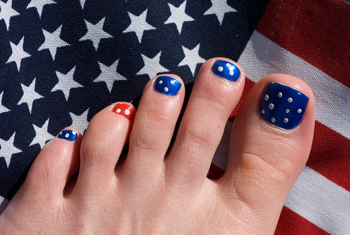 US Flag style Toe Nail polish. Nail art design for toes., toe nail art