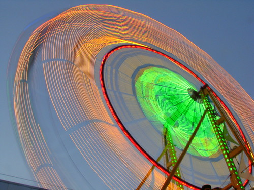 Blurred motion Seattle Wheel at dusk 1