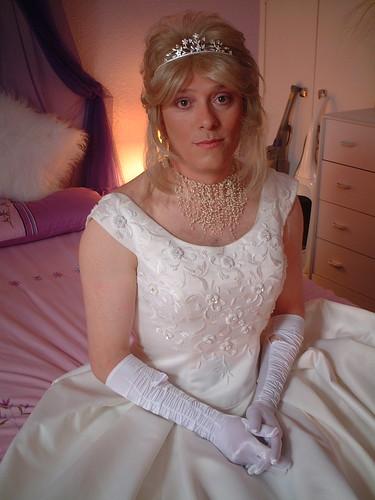 Elisabeth harnois nude