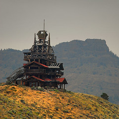 Wapiti Mountain House (heinrick oldhauser) Tags: house mountains tower abandoned wooden log unfinished wyoming tinroof wapiti explored