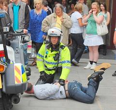Under control (baz_baziah) Tags: liverpool police arrest flickrunitedaward