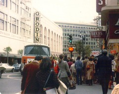 San Francisco 1979 (edited) (Dan_DC) Tags: sanfrancisco 1979 stocktonstreet unionsquare vintage josephmagnin leedsshoes traditionalstore traditionalretail legacy heritage