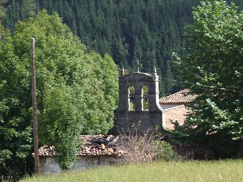 Ermita  de los Remedios  (Luena) por Lumiago.