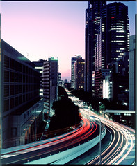 Tokyo Metropolitan Government Building Shinjuku (Thomas Birke) Tags: road blue light building berlin film tokyo shinjuku fuji traffic dusk thomas large 8x10 300mm velvia hour government format expressway elevated metropolitan p2 birke sinar schneiderkreuznach rvp100 symmar