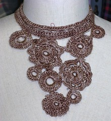 crochet necklace - silk 2
