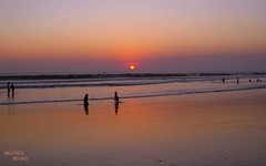 Sunset at acajutla beach, EL SALVADOR (morito36pa) Tags: sunset beach sunrise atardecer explore elsalvador atardeceres playas sonsonate amaneceres acajutla imagesofelsalvador elpulgarcitodeamerica elsalvadorcentroamerica worldwidelandscapes puertodeacajutla morito36pa moisesrivas morito36 morito36paexplore moritosexplore