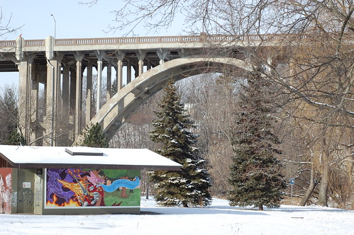Bridge Plus Graffiti