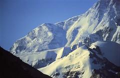 Closeup Jomo Langma 8848 metres (reurinkjan) Tags: 2002 nikon tibet everest rongbuk tingri jomolangma tibetanlandscape janreurink བོད། བོད་ལྗོངས།