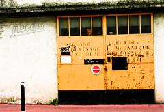 Mcafer (-pauline-) Tags: street door france garage south porte sud {accidentalphoto}