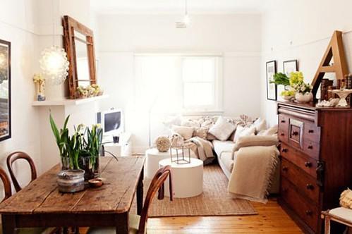 Rustic Vintage Living Room georgie kay via design files {white vintage rustic living room