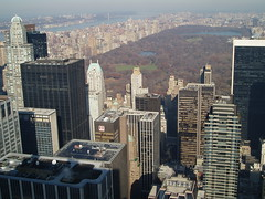 Central Park from Top of the Rock (jane_sanders) Tags: park nyc newyorkcity lake newyork river hotel centralpark manhattan hilton rockefellercenter reservoir hudsonriver greatlawn topoftherock blackrock sheepmeadow gebuilding hiltonnewyork solowbuilding jacquelinekennedyonassisreservoir burlingtonhouse cbsbuilding alliancecapitalbuilding cityspirecenter financialtimesbuilding