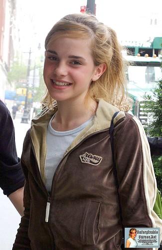 cute pics of emma watson. Emma Watson Cute-001