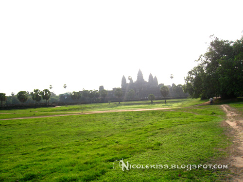 front yard of angkor wat