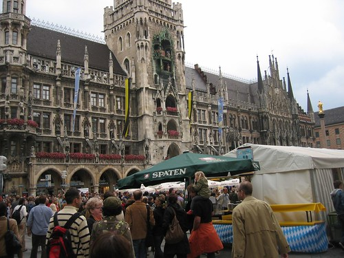 Marienplatz, Munich turns 850