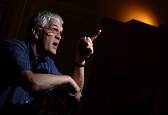 Drew answers questions (dennyshortt) Tags: finger drew strobist