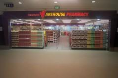 Wizard - Kelmscott (Australia) (www.caem.net) Tags: station store pharmacy petrol savers convenience forecourt superdrug conveniences