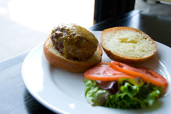 grassfed-beef-burger