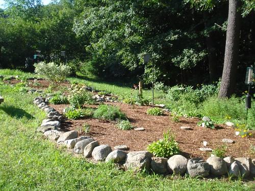 16 - Parmenter: garden and bird feeders