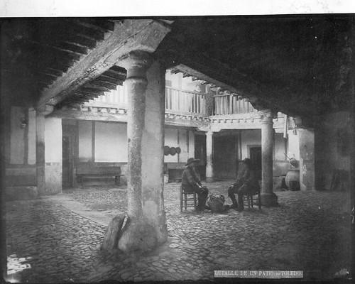 Patio de la Posada de la Sangre en el S. XIX. Foto Casiano Alguacil.