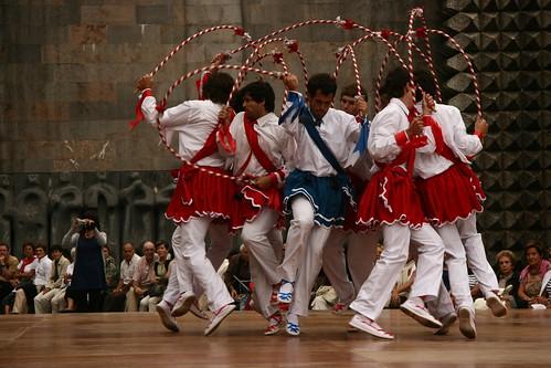2008-08-27_Arantzazu-Apostoluen-soka-dantza_IZ 299