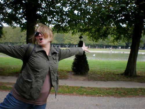 Finn rejoices in the Versailles Gardens