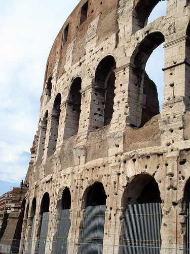 Coliseo de cerca