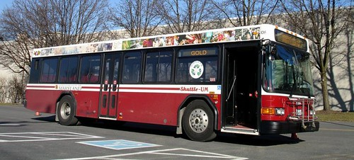 Shuttle-UM_Bus