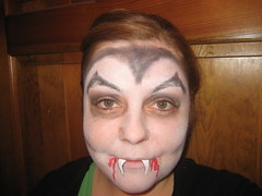 How To Do A Vampire Face Painting (Face Painting)