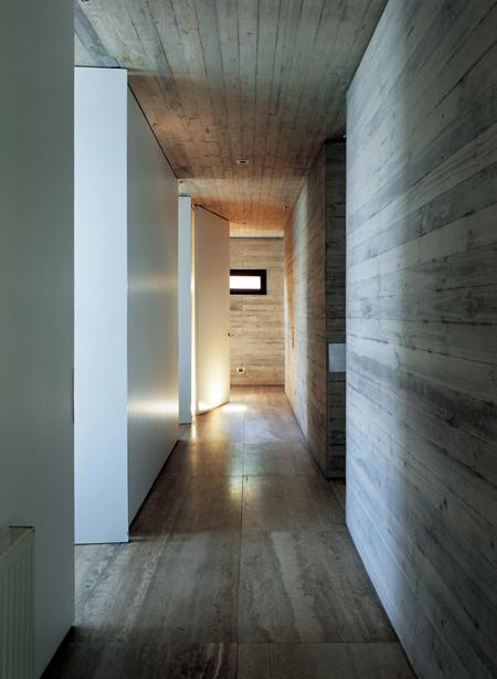 casa-11-mujeres-by-mathias-klotz-cristobal-palmaklo-keg-040