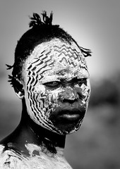 Karo make up Ethiopia (Eric Lafforgue) Tags: portrait face kara war artistic dam makeup tribal ornament warrior bodypainting tribe rite karo maquillage barrage tribo headdress adornment pigments headwear headgear tribu omo eastafrica thiopien etiopia ethiopie etiopa 5518 lafforgue  ethiiopia etiopija ethiopi  etiopien etipia  etiyopya  nomadicpeople      salinicostruttori    gibeiiidam gibe3dam bienvenuedansmatribu peoplesoftheomovalley