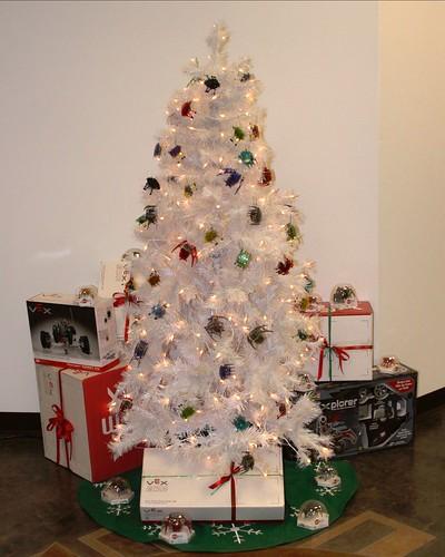 IMG_1764 HEXBUG Christmas Tree