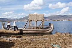 peru reed uros laketiticaca titicaca islands boat floating puno