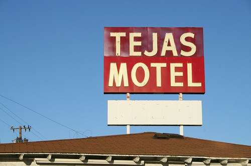 tejas motel sign