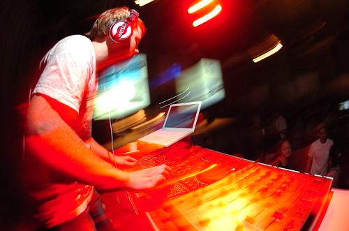 DJing Cut&Paste