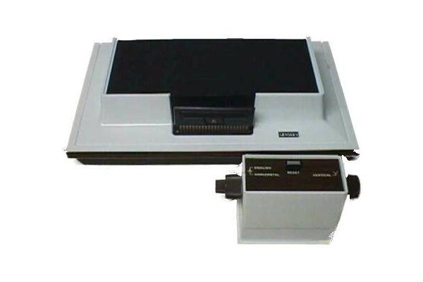 Magnavox Odyssey y su gran control