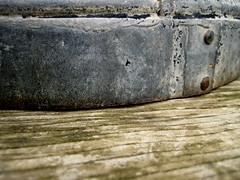 tin can base close up