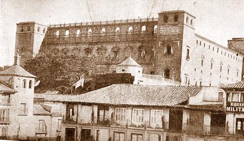 Alcázar de Toledo, España. Foto R. Max Junghaendel, 1887-89. (Propiedad Hispanic Society of America)