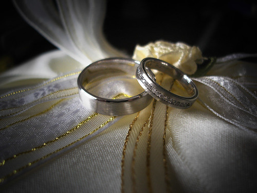 Our Wedding Ring :D by shawntan.