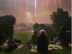 A Sense of Wonder at the Fire Raining Down from the Sky (Madison Guy) Tags: light wisconsin night rj fireworks 4thofjuly wi pm10 shorewoodhills pm10mx pm10col pm10j pm10fnl pm10cbw