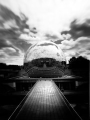 La geode de la Villette, Paris, France (Jerome Mercier) Tags: sf lighting leica light bw paris france clouds noir noiretblanc nb surealist sphere lumiere nuage geode reflexion blanc hdr futuristic villette miror futur cielsky blackwhitephotos leicadigilux3 jeromemercier jeromemercierphoto jmbook bookjm