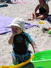 Eating Rocks (sajoan) Tags: beachhouse ridley charlestownri