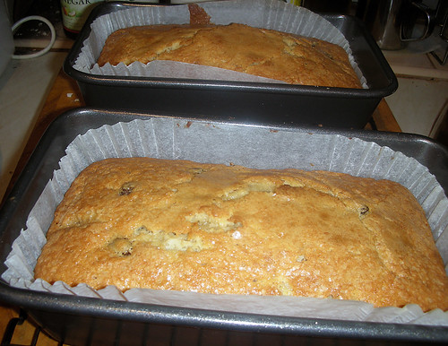 a brace of banananananana cakes