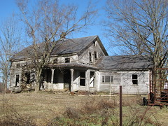 Picture 078 (grimshawl1972) Tags: ohio abandoned farmhouse spooky