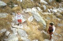 Retour des crêtes d'Asinao avec les enfants : Laurent boude et Cécile dort !