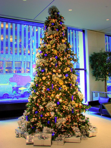 my office christmas tree hdr