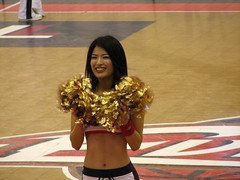Osaka Evessa Cheerleader - Osaka, Japan 5 (glazaro) Tags: city basketball japan japanese asia cheerleaders dancers stadium arena dome  osaka sendai kansai kadoma namihaya bjleague evessa 89ers